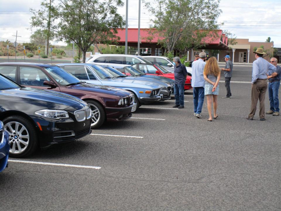Rides-Lined-Up
